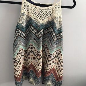 Patterned Tank-top Blouse